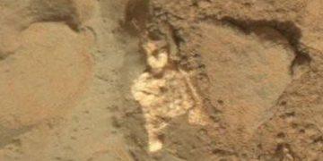 Un posible esqueleto extraterrestre en Marte