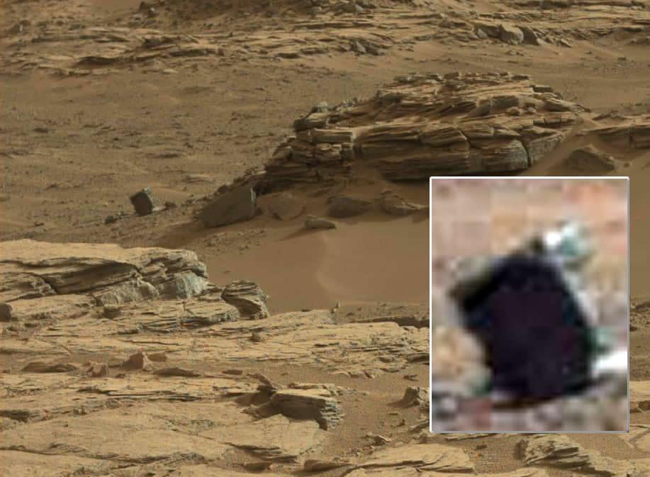 """Hallan una """"roca cuadrada"""" en Marte en fotografía de Curiosity"""