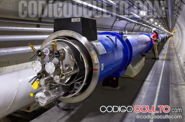 Módulo de imán en el túnel del LHC,