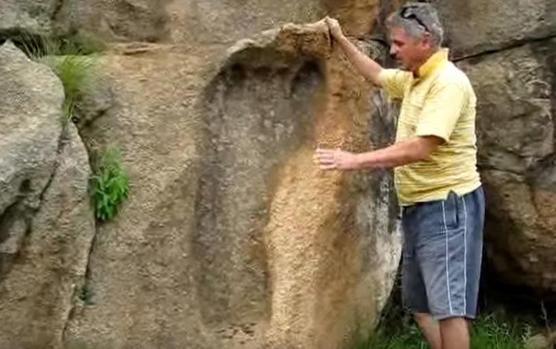 Huella gigante de 200 millones de años encontrada en Sudáfrica