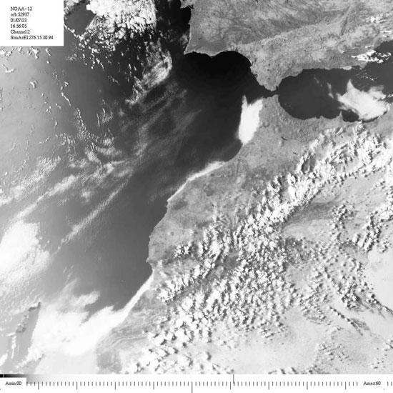 Diversas tomas de satélite del día del fenómeno climático en Melilla. Realización y diseño: Guillermo León Jiménez