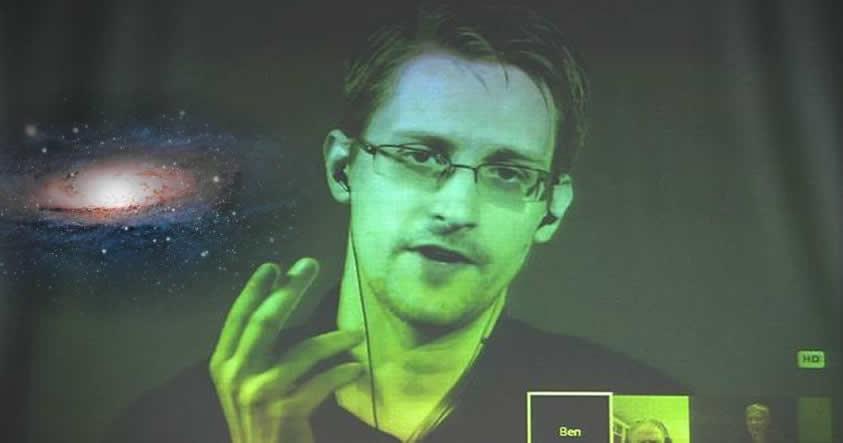 Edward Snowden revela que la encriptación sería una barrera para contactar extraterrestres