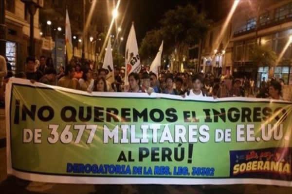 Protesta por el ingreso de tropas norteamericanas a suelo peruano.