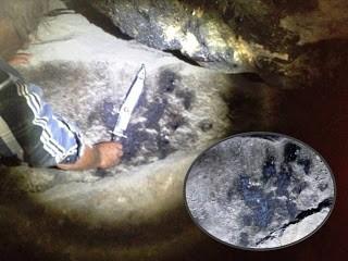 Huella de la mano de un gigante - Cueva Lovelock