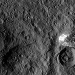 """Astrónomos creen haber """"descifrado"""" las manchas brillantes de Ceres"""