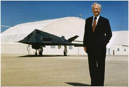 Ben Rich, ex CEO de Lockheed Skunk Works