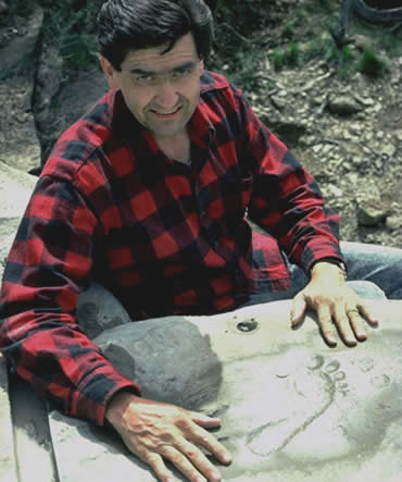 Paleontólogo Jerry MacDonald