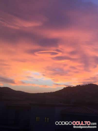 ¿Nube OVNI? Cabo San Lucas, México