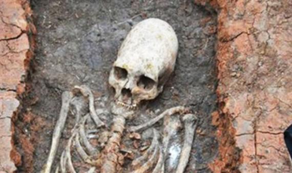 Cráneo alargado encontrado en Rusia