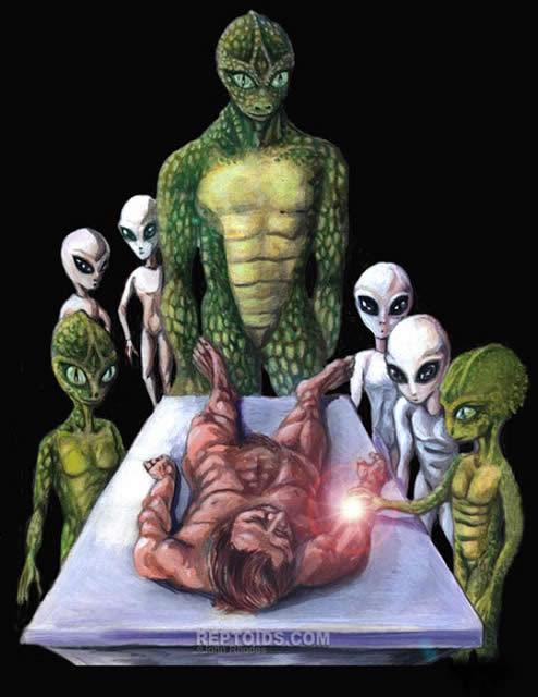 En varios reportes de abducciones las víctimas señalan haber visto a diversos tipos de seres extraterrestres, desde reptilianos hasta grises.