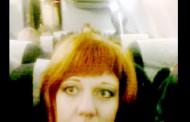 ¿Insectoide? ¿Edición? Mujer de Rusia cree haber fotografiado un extraterrestre en pleno vuelo