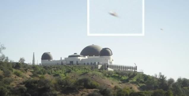OVNIs vigilando de cerca los almacenes de armas nucleares