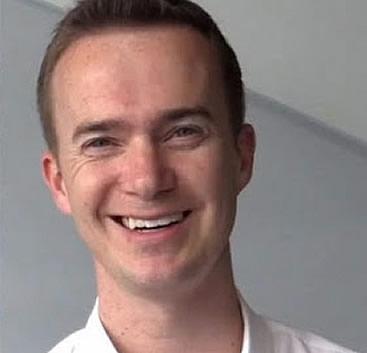 El Dr. Mark Ernsting, también investigador del cáncer y segunda víctima mortal.