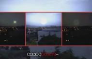 ¿Es esto un OVNI atravesando un portal durante una tormenta en Australia?