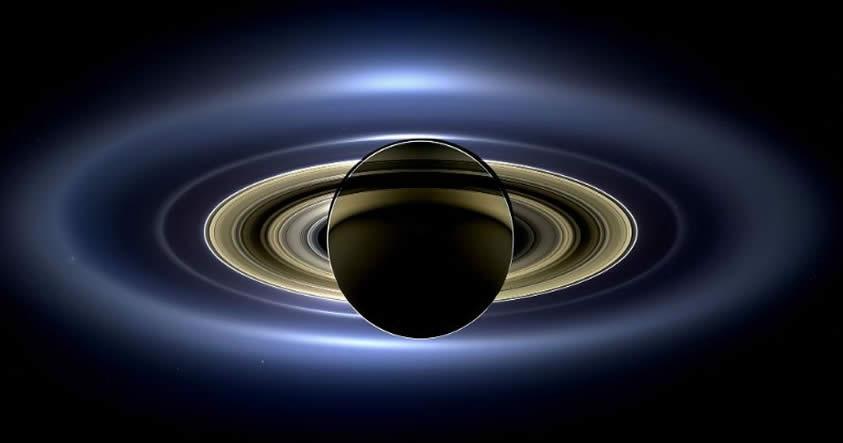 Los anillos y lunas de Saturno serían más jóvenes que los dinosaurios según un estudio