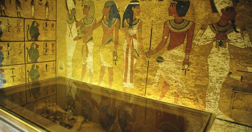 Se alarga el misterio de la posible momia de Nefertiti en la Tumba de Tutankamón