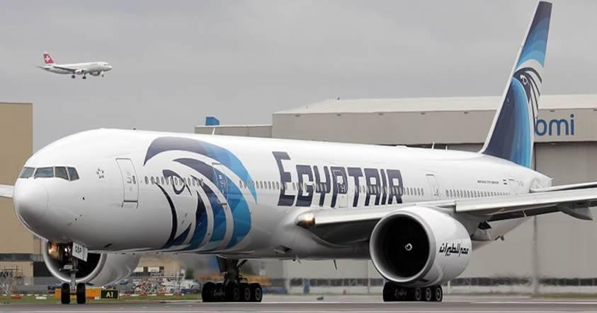 Avión de pasajeros de EgyptAir desaparece de su ruta de París a El Cairo