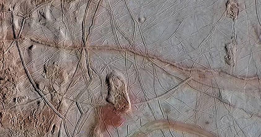 NASA afirma que la luna Europa de Júpiter tiene condiciones aptas para la vida