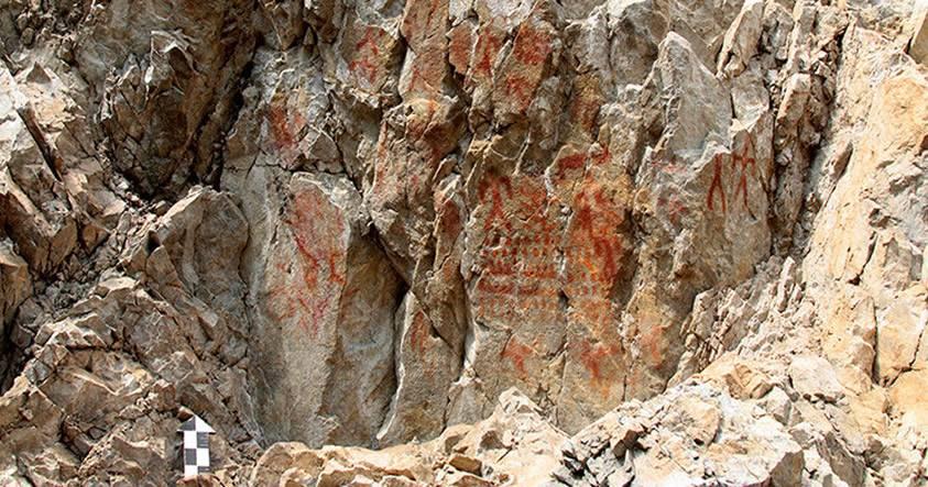 Arqueólogos rusos descubren petroglifos de 4.000 años de antigüedad en Siberia