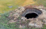 Residentes afirman ver un «brillo claro» antes de formarse el cráter en Siberia