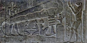 ¿Poseían los antiguos egipcios electricidad y baterías hace miles de años?