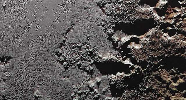 Nuevo estudio sugiere que Plutón puede tener un océano bajo su superficie