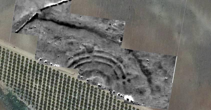 ¿Similitud con la Atlántida? Arqueólogos descubren en Sevilla estructura de anillos concéntricos de hace 4.600 años