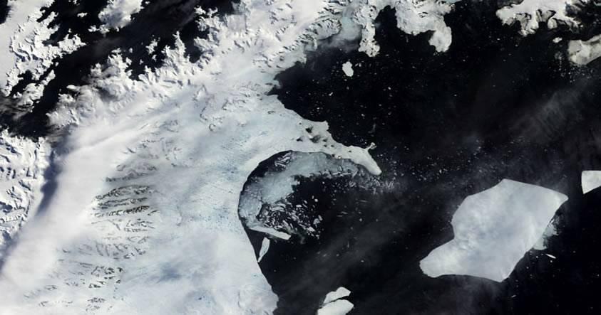 Gigantesca grieta en plataforma de hielo antártico amenaza con generar un masivo iceberg