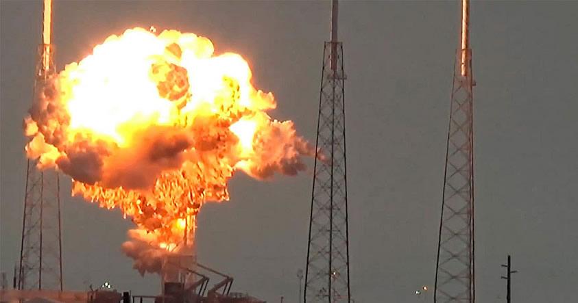 El primer satélite de Facebook fue destruido en la explosión del cohete Falcon 9 de SpaceX