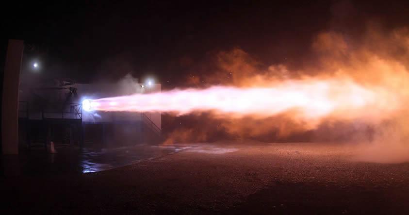 SpaceX enciende el motor que permitirá colonizar Marte