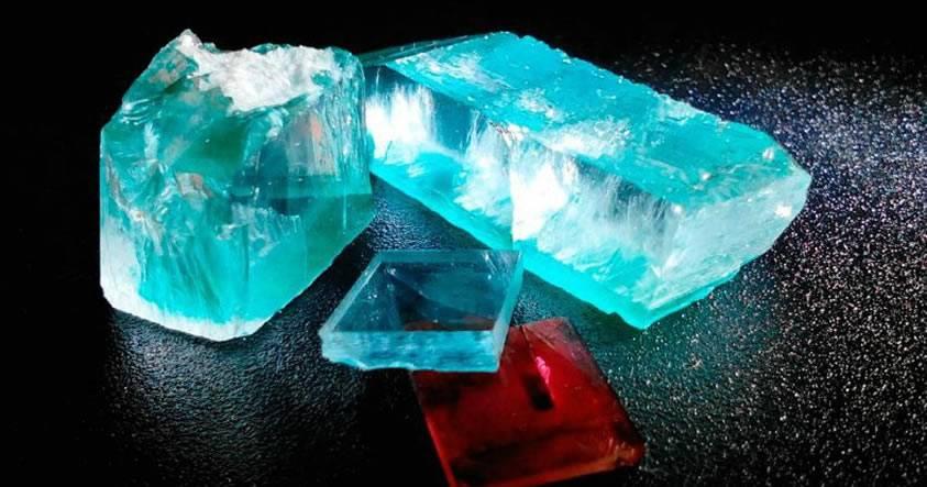 Físicos rusos consiguen «disolver» agua en una esmeralda