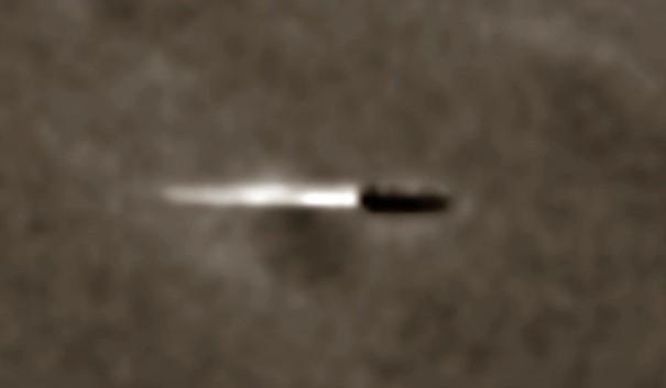 ¿Es este un proyectil lanzado desde un cráter en la Luna?
