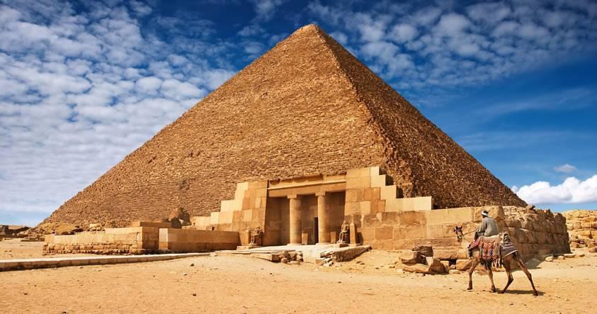 Funcionario egipcio confirma hallazgo de dos «anomalías» en la Gran Pirámide de Keops
