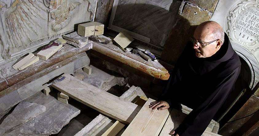 Dan a conocer los primeros detalles del análisis de la tumba de Cristo