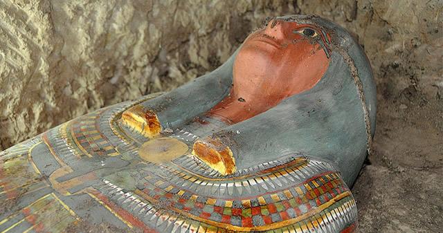 Hallan en Egipto una momia de hace 3.000 años en muy buen estado