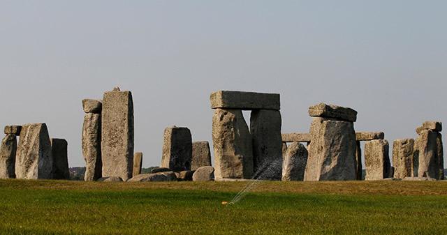 Descubren centro religioso prehistórico cerca de Stonehenge