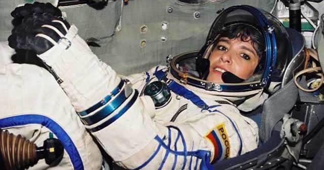 «¡La Tierra debe ser alertada!» gritó una astronauta francesa antes de intentar suicidarse