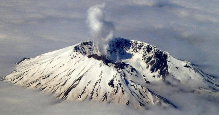Investigadores descubren una anomalía en el interior del volcán más mortífero de EE.UU.