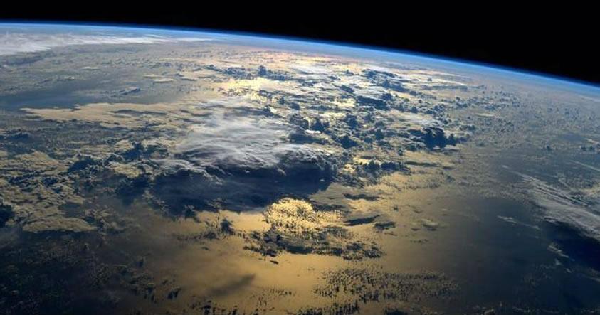 Una enorme nube de plasma proveniente del Sol «quebró» el escudo magnético de la Tierra