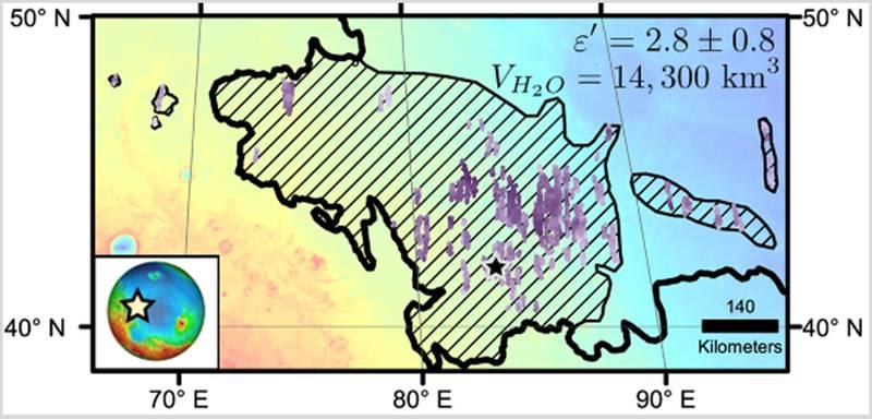 Las rayas diagonales en este mapa de una parte de la región de Utopia Planitia de Marte indican la zona donde se evaluó un gran depósito del subsuelo rico en hielo de agua utilizando el instrumento de radar superficial en el Orbitador de Reconocimiento de Marte de la NASA.