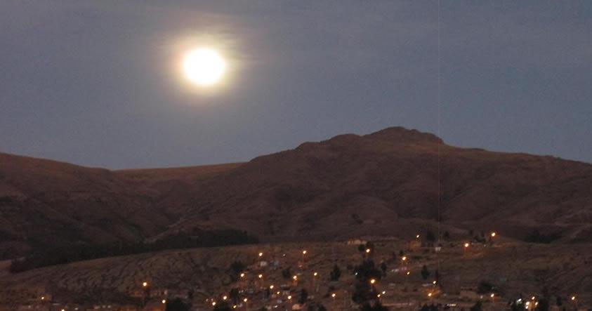 Fotografías de la Superluna de nuestros lectores