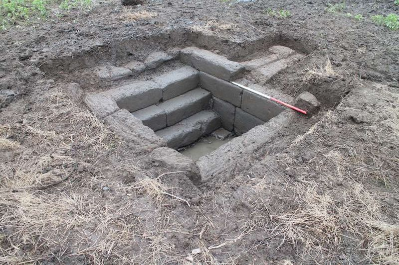 St Anne's Well luego de la excavación.