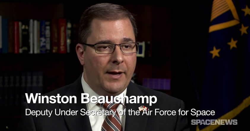 Alto Funcionario del Pentágono: «Debemos encontrar la forma de mudarnos a otro planeta»