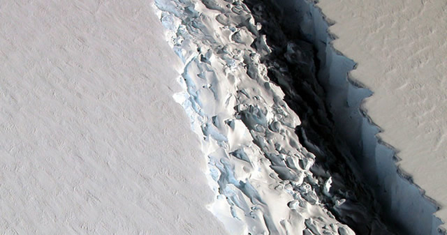 Descubren una grieta de más de 100 kilómetros en la Antártida