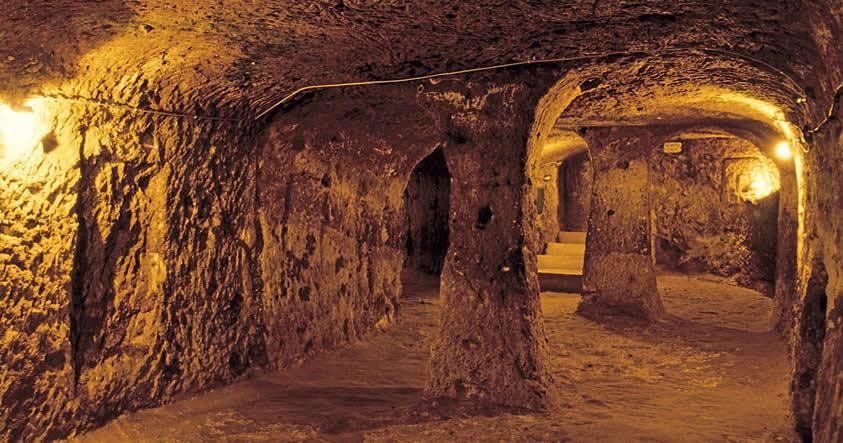 La misteriosa ciudad subterránea que alojó a 20.000 habitantes en la Edad Media