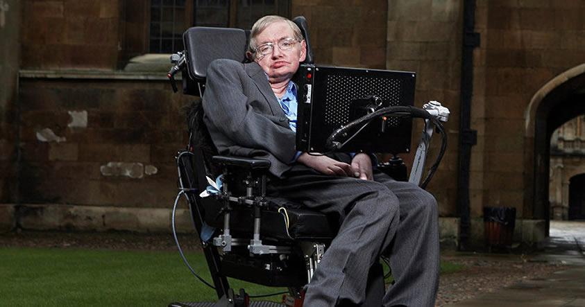 Stephen Hawking proclama la llegada del momento más peligroso de nuestro planeta