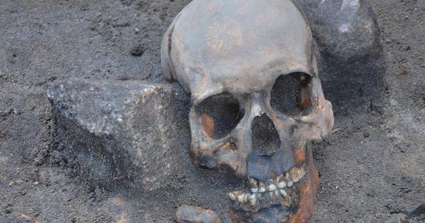 Encuentran tres entierros de «vampiros» en Polonia