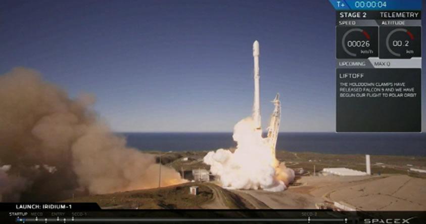 SpaceX lanza con éxito su cohete Falcon 9 llevando diez satélites Iridium