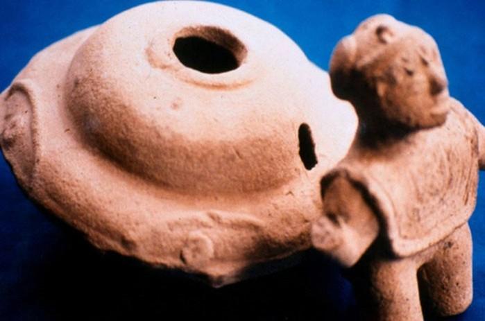 «Platillo Volante» y figuritas humanoides de la sorprendente colección de figuras de Acámbaro