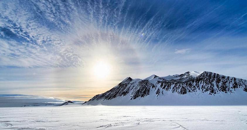 Científicos descubren un «mundo» inesperado bajo la Antártida
